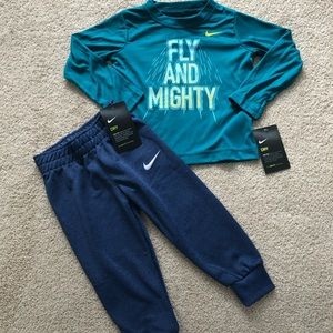 2T Nike Outfit NWT